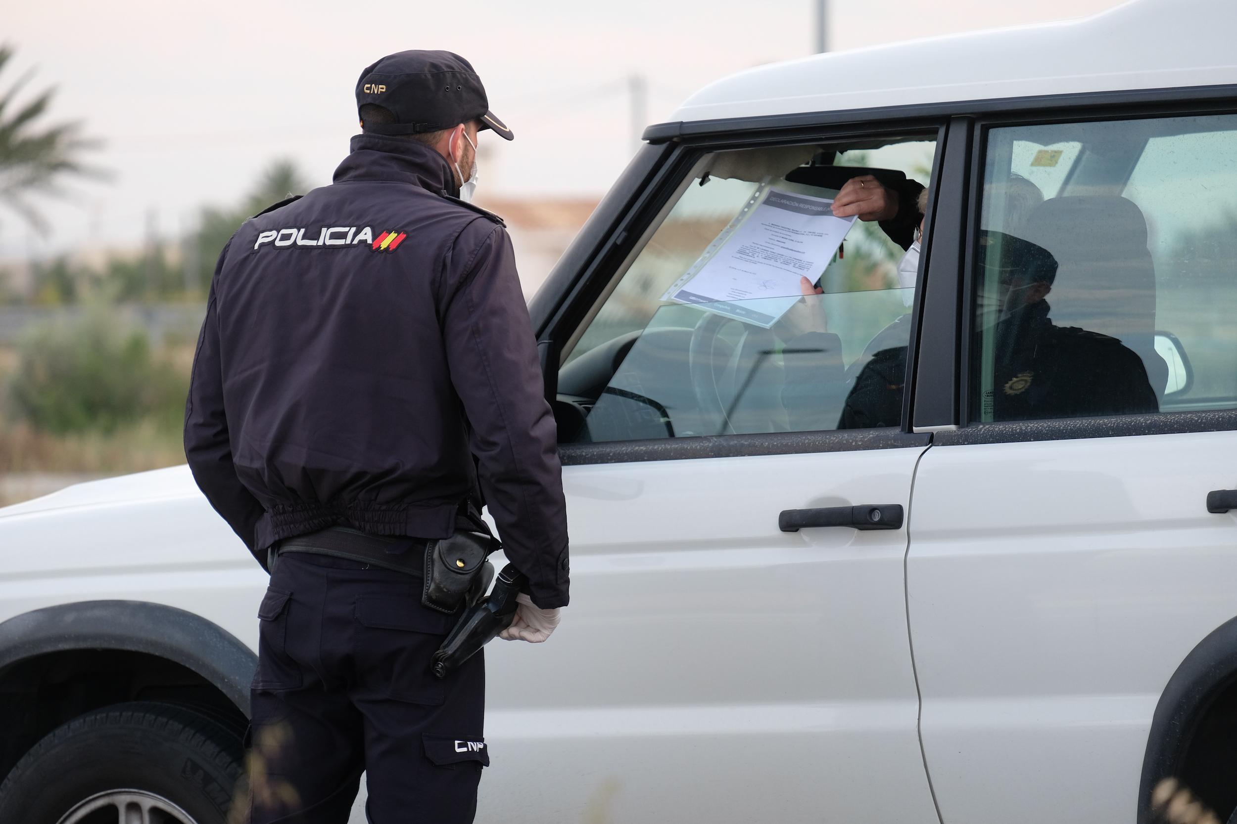 Más de mil multas en una semana por saltarse el toque de queda en Madrid