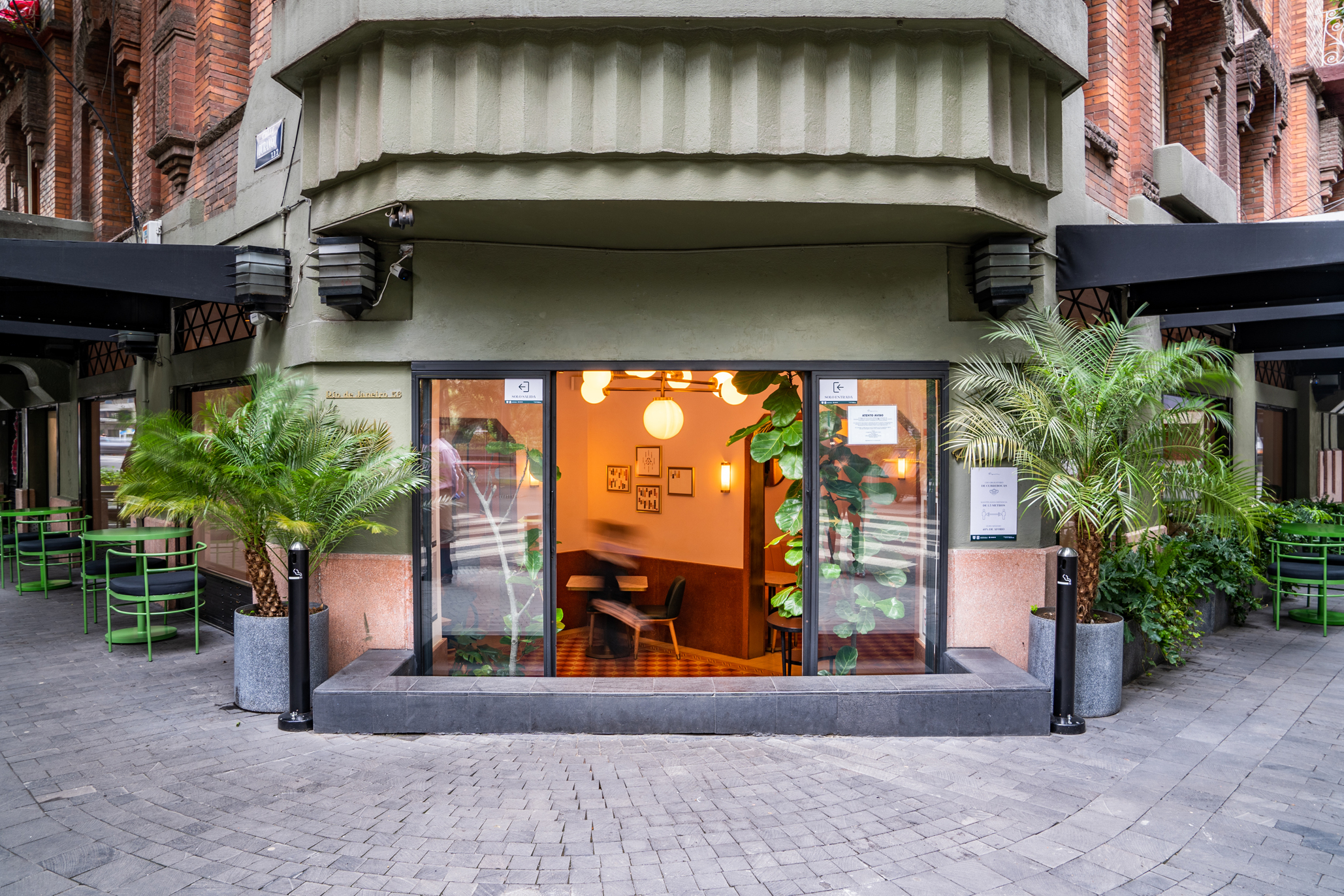 Fachada de Pigeon, el nuevo restaurante de la Roma