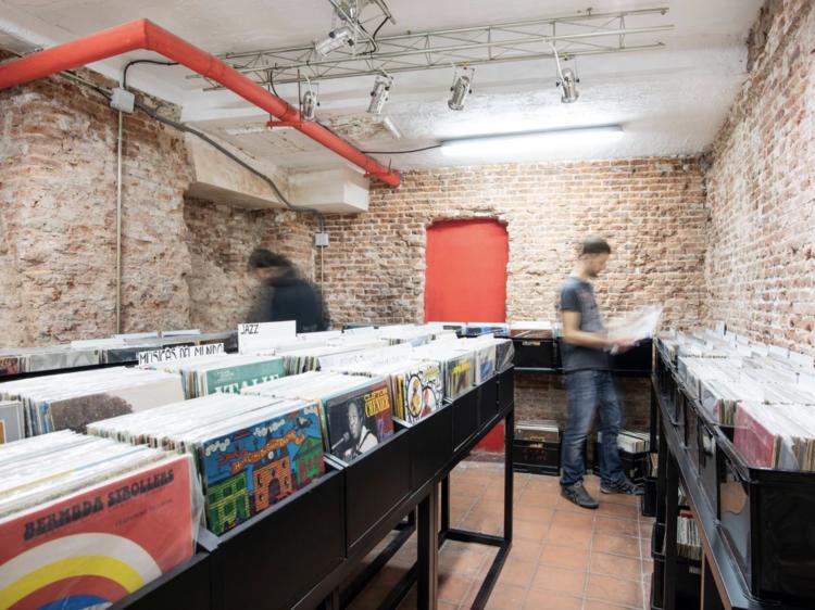 Las mejores tiendas de discos y vinilos de Madrid