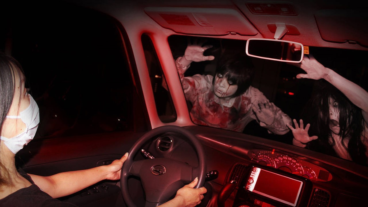 Get scared at a drive-thru haunted house in Lincoln Park