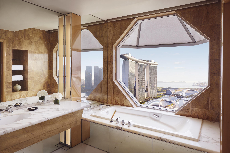 Staycation Spotlight: The Ritz-Carlton, Millenia Singapore
