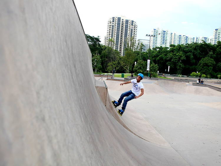 Learn how to ollie at Xtreme SkatePark
