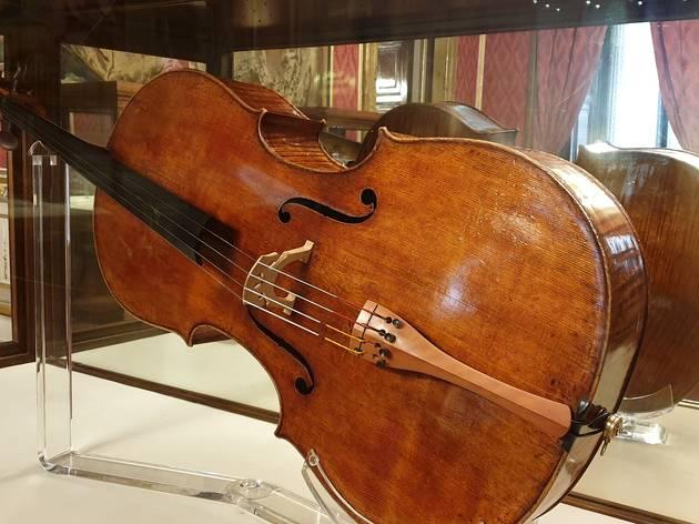 Violonchelo Stradivarius 1700. Patrimonio Nacional. Temporada Musical 2020