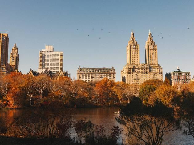 """Dez versões clássicas de """"Autumn in New York"""""""