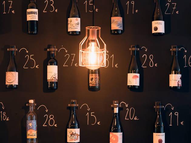 Restaurante, Bar, Wine Bar, Mariage à Trois