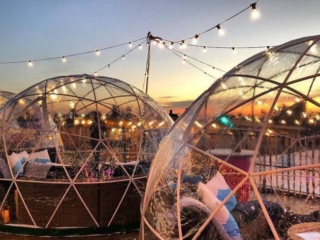 skylight rooftop bar igloo-bubbles