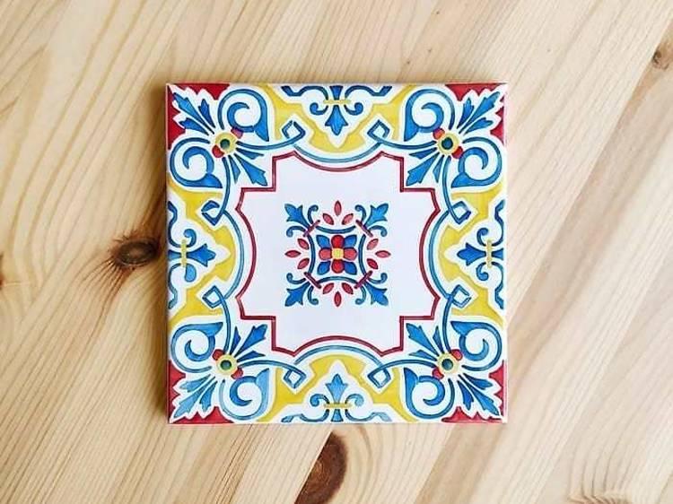 Pinte azulejos tradicionais na Gazete Azulejos