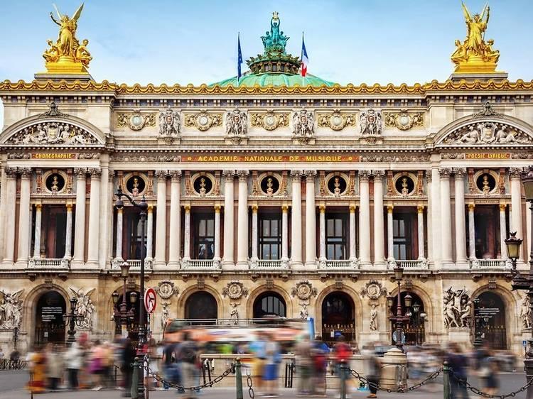 Bourlinguer dans certains des plus beaux opéras... gratuitement !