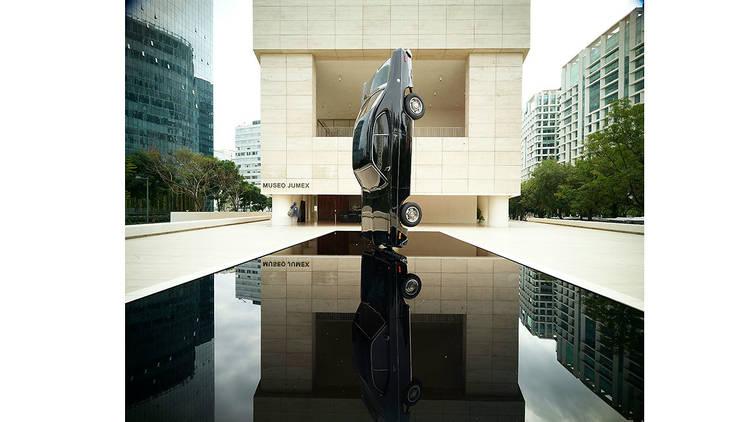 Brebe historia del tiempo, escultura en Museo Jumex