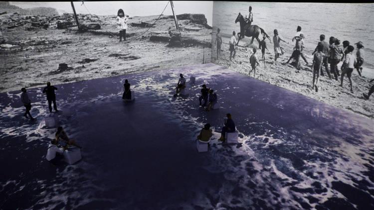 Exposició immersiva Barcelona memòria fotogràfica