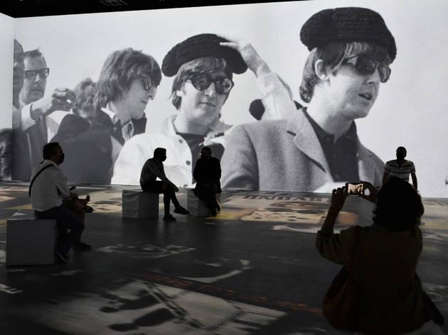 Els Beatles a l'exposició Barcelona memòria fotogràfica