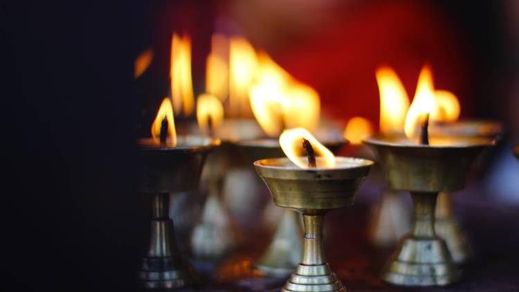 à luz das velas