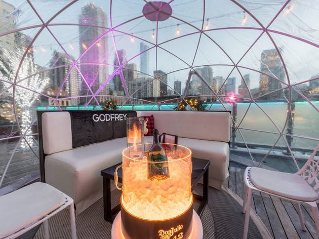 This River North hotel is outfitting its rooftop with spooky igloos for Halloween