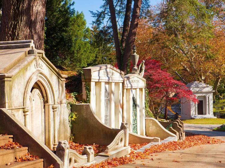 Philadelphia, PA: Laurel Hill Cemetery