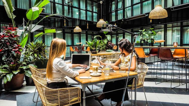YOuniverse, el nuevo servicio coworking del Hotel Only You Atocha