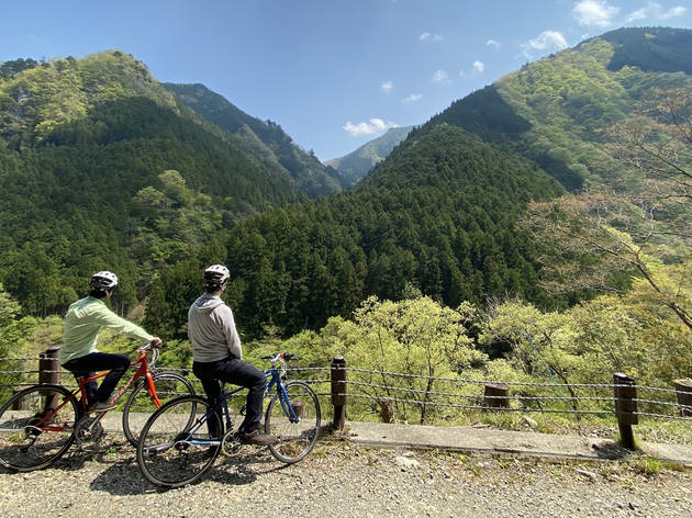 Okutama English cycling tours Trekkling