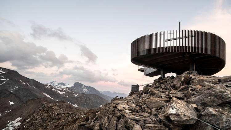 Schnals Valley Glacier observation deck