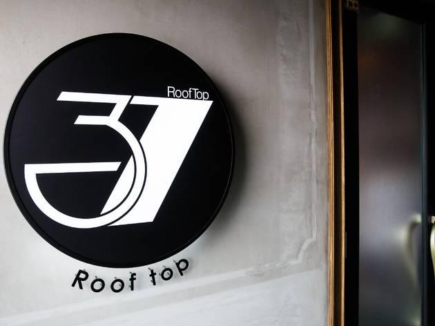 Rooftop 37