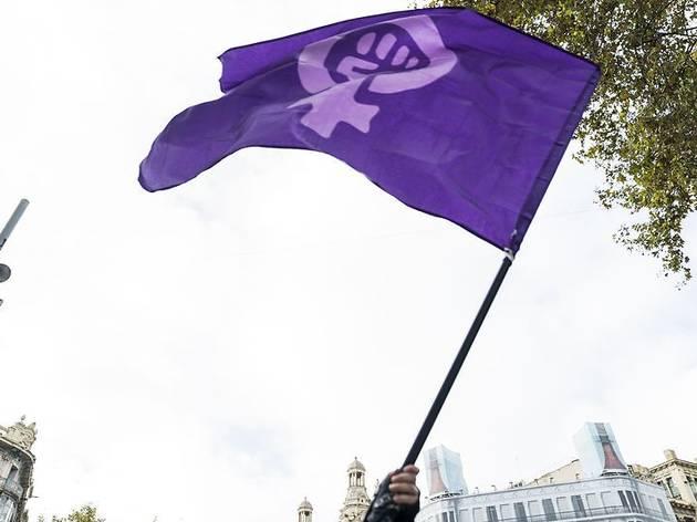 Bandera reivindicativa de la lluita pels drets de les dones