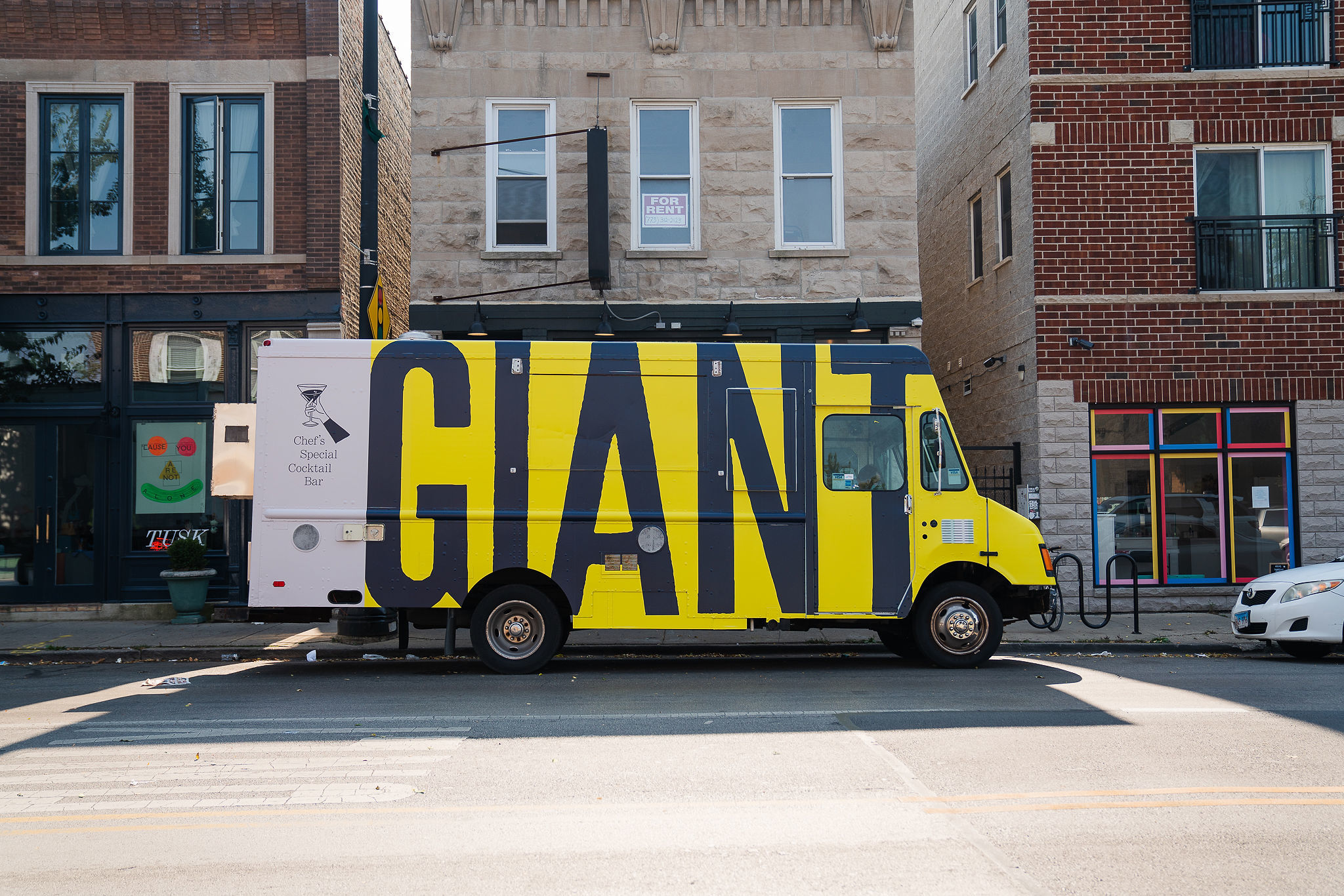 Celebrated Chicago restaurant Giant debuts a roving food truck