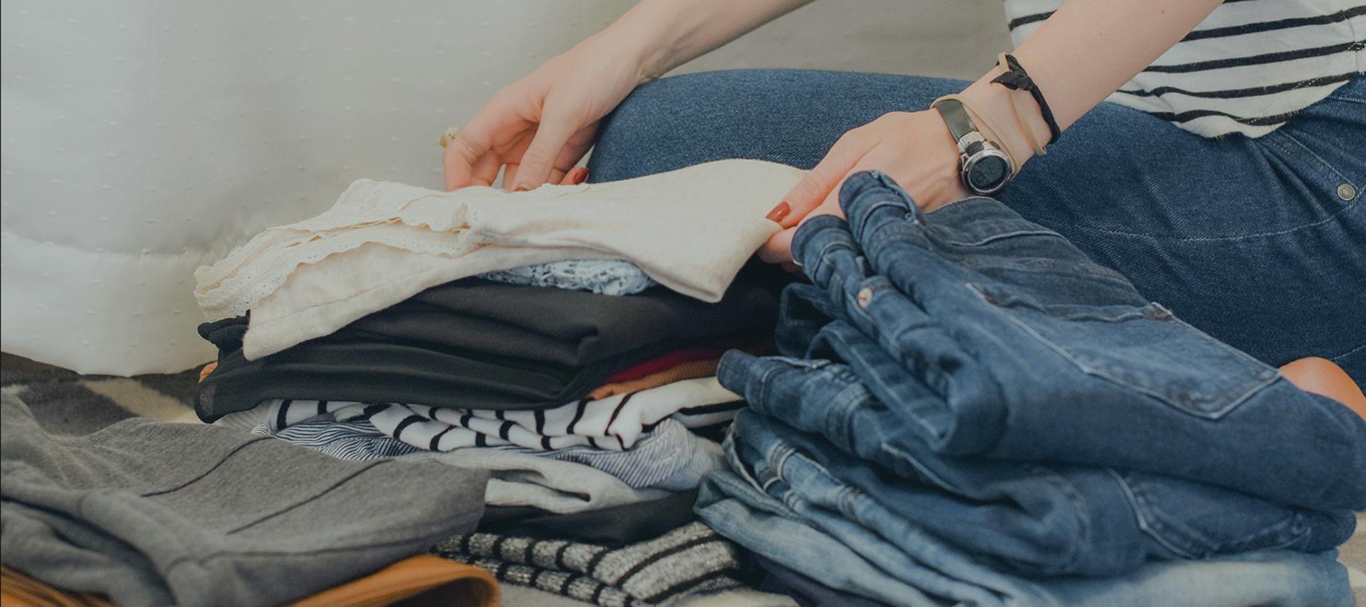 Vender roupa usada na nova plataforma ECOA ajuda a dar-lhe uma nova vida