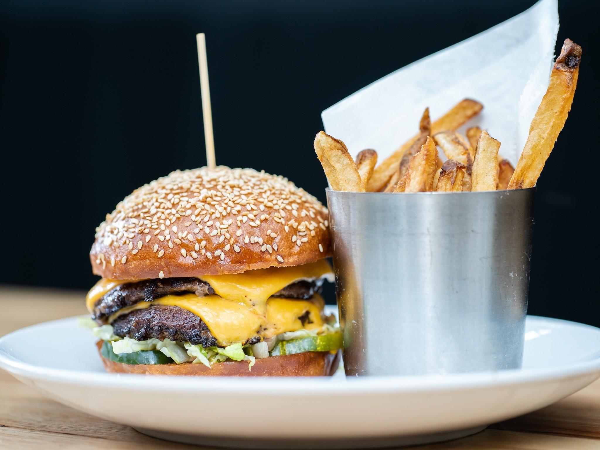 Chug Burger at Ariete