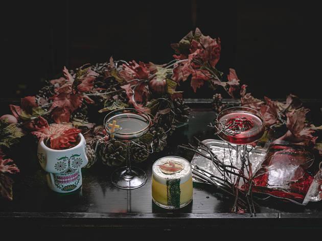 Lobster Bar and Grill halloween 2020 Día de Muertos