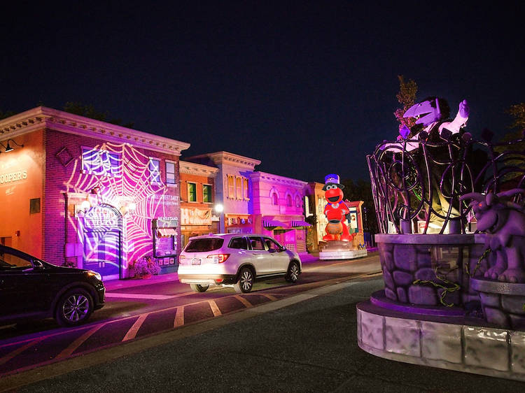 Halloween drive-thru attractions