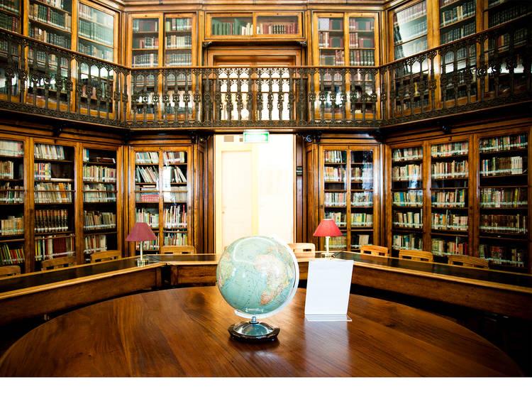 Dos códices e incunábulos ao Harry Potter: uma viagem pelas bibliotecas em Lisboa