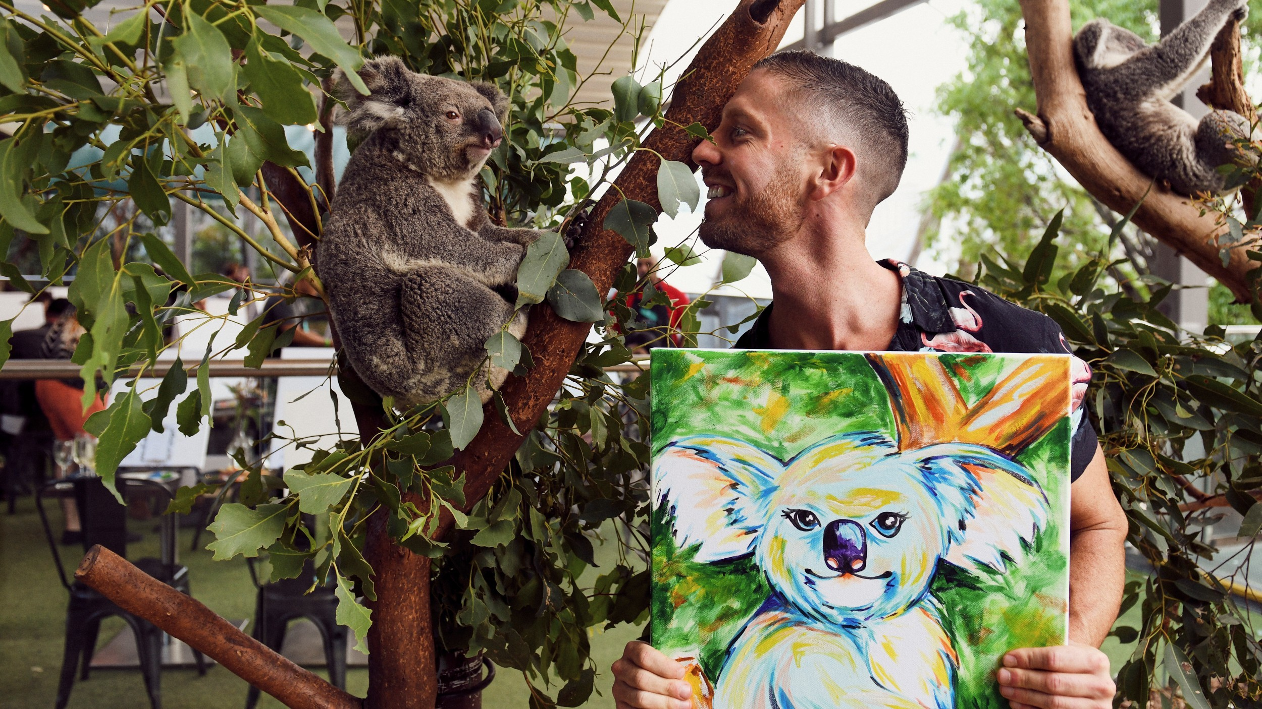 Champainting at Wild Life Sydney Zoo