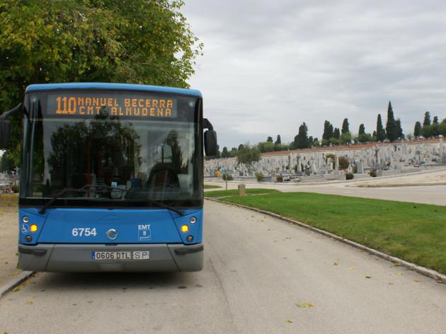Autobús cementerio de la Almudena. Línea 110