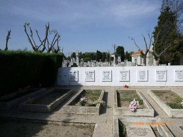 Mausoleo de la Legión Condor Cementerio de la Almudena