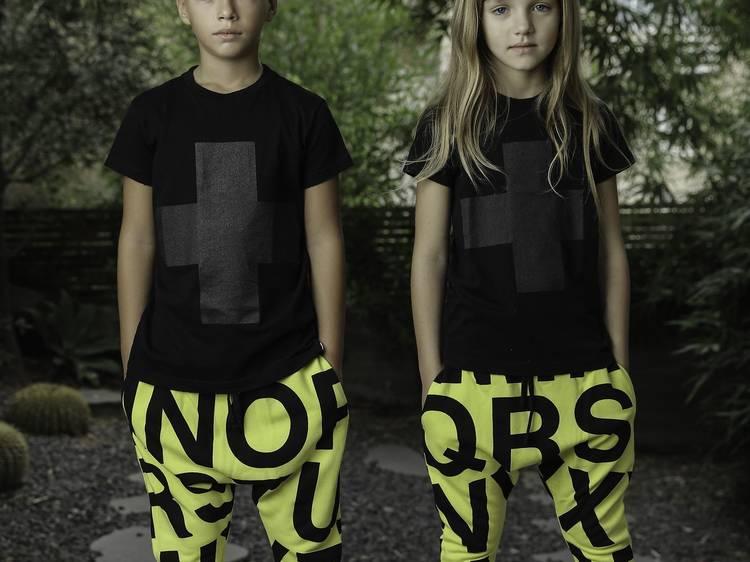 5 marcas que hacen ropa sin género para niños y bebés
