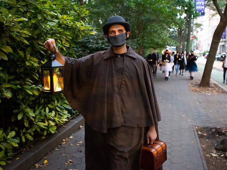 'Voyeur: The Windows of Toulouse-Lautrec' immersive theatrical walking tour