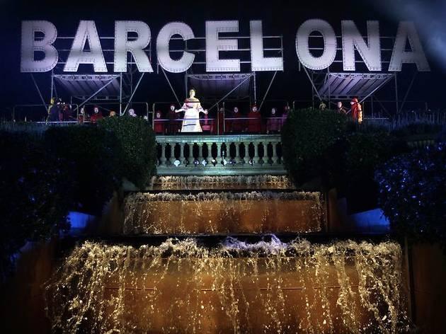 Barcelon descentraliza el Fin de Año