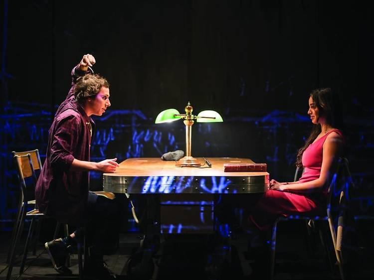 Ver el Festival de Otoño de teatro desde el sofá