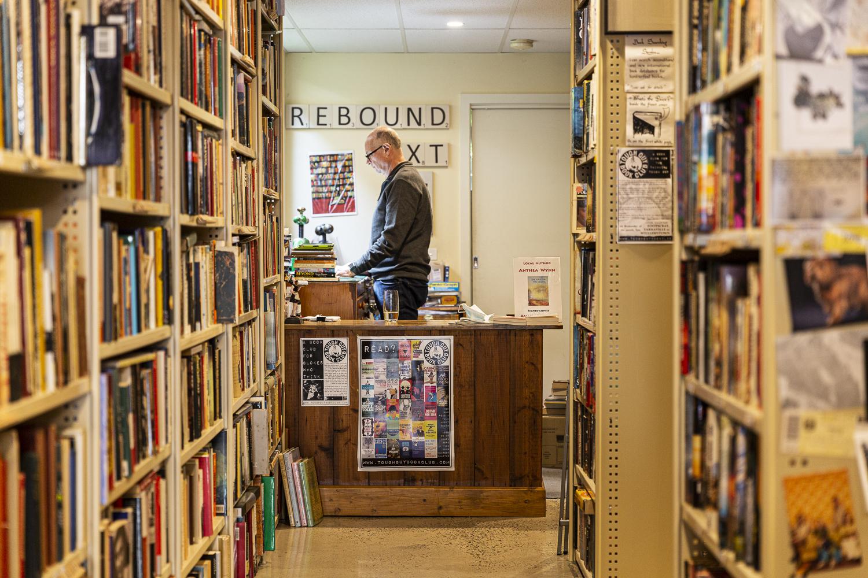 Book Alley Seddon