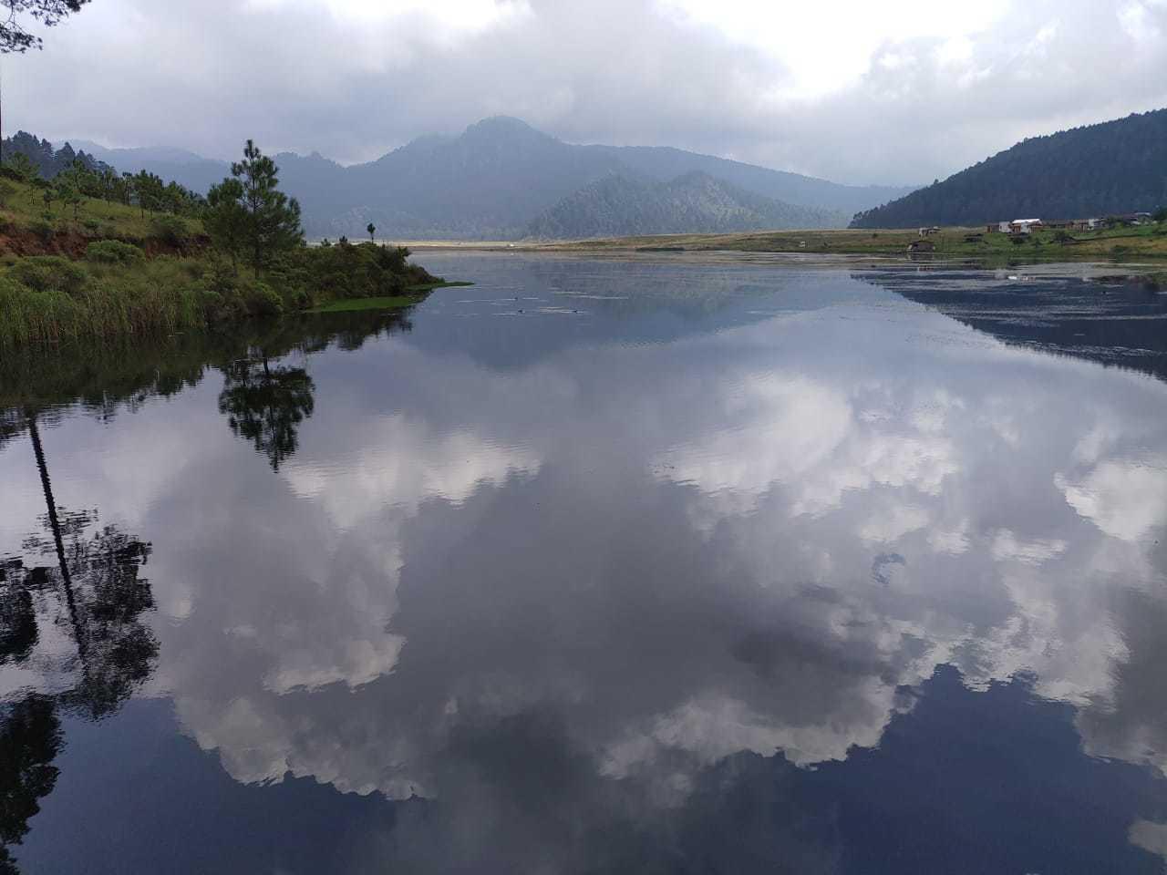 Lago en el Parque Ecoturístico Corral de Piedra