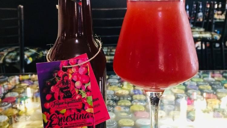 Ernestina, hidromiel de Cervecería Cultural Tequexquitlalli