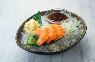 Raw salmon – stock photo