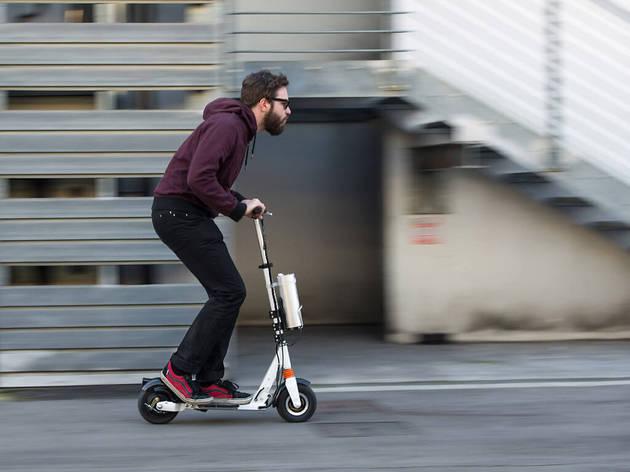 patinete en la calle