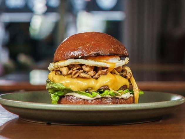 O Wild Mushroom é um dos burgers do menu