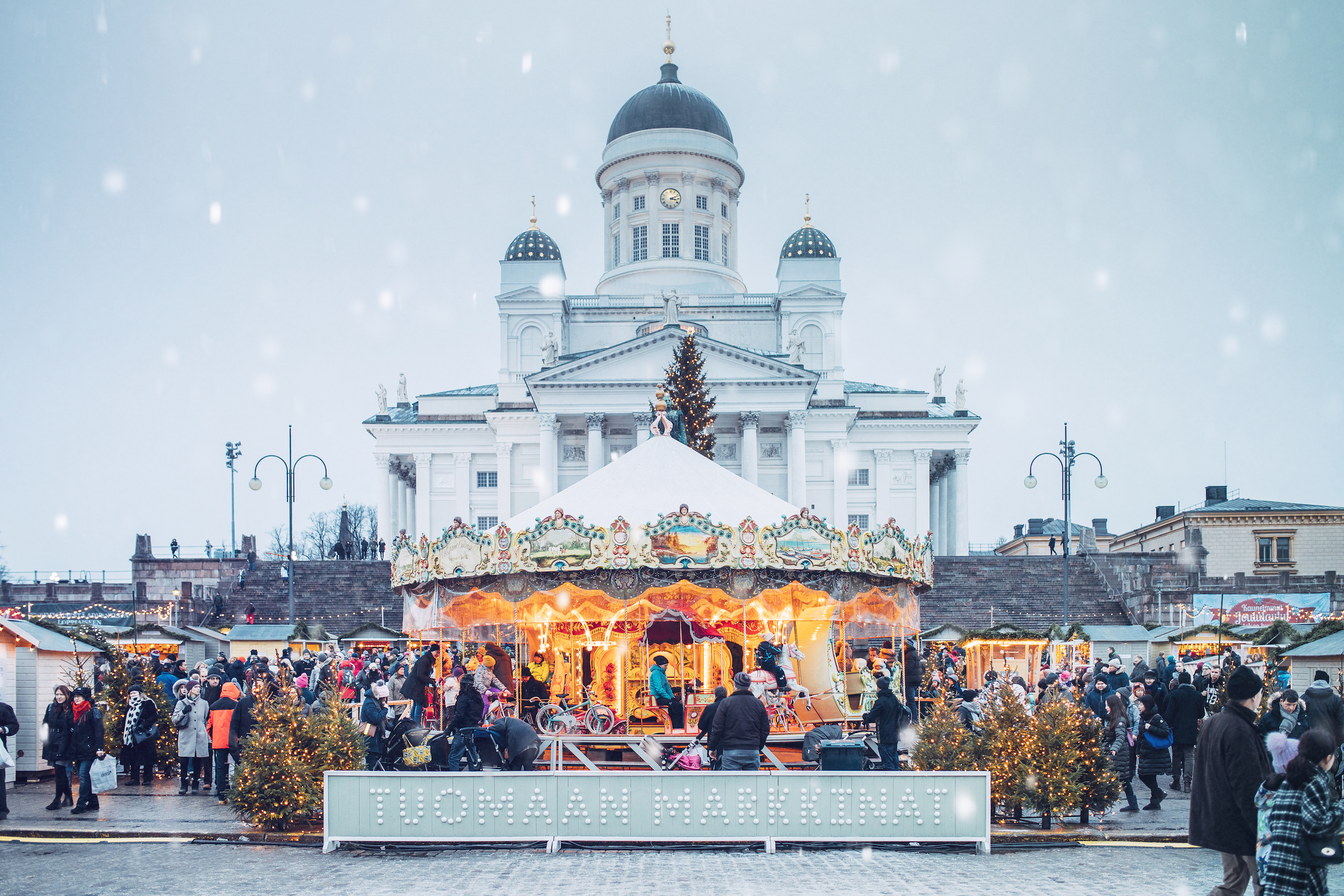 Mercado de Navidad Helsinki. Turismo de Finlandia