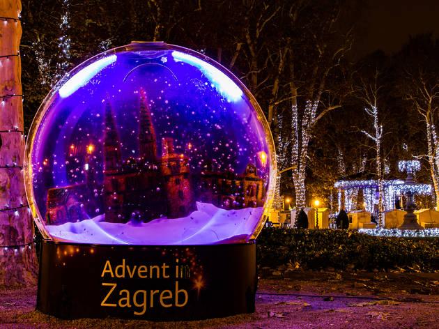 Adviento en Zagreb. Mercadillo Navidad