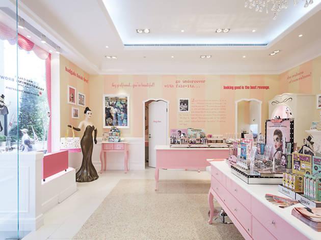 Lee Tung Avenue Benefit Cosmetics