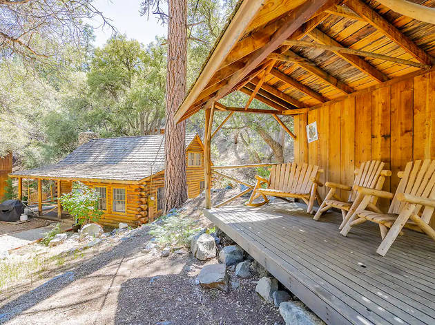 9 cozy cabins near L.A. that you can rent on Airbnb