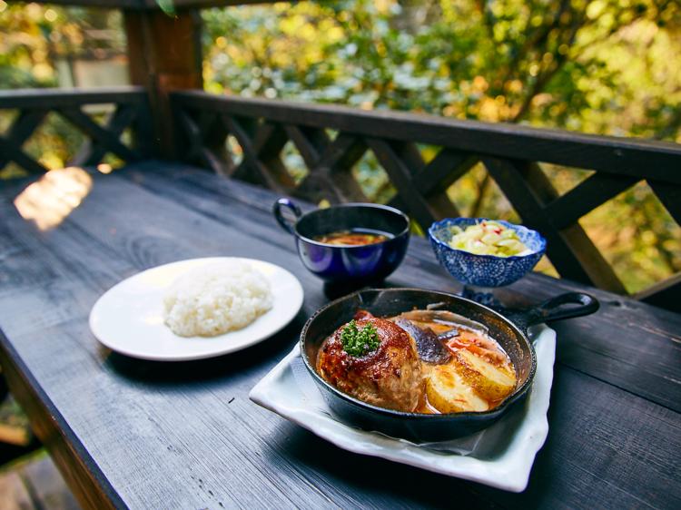 森の中のお肉レストラン アースガーデン