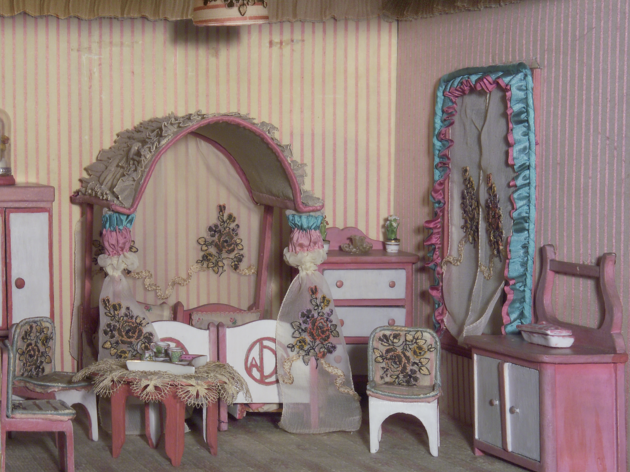 The Stettheimer Dollhouse: Up Close mcny