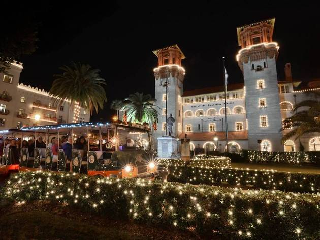 St Augustine Florida at Christmas, Nights of Lights Tours