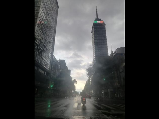 Edificios de la CDMX con lluvias